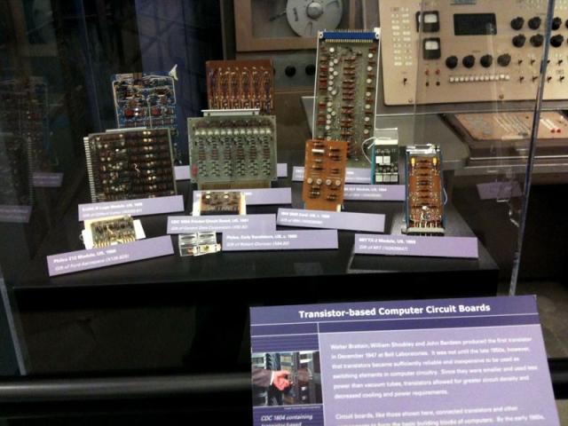 Transistor based computer circuit boards